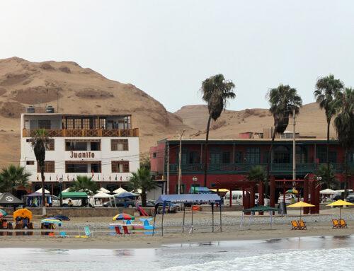 Playa Cerro Azul | Cañete